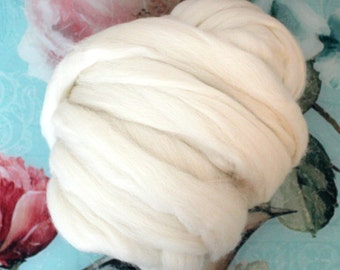 Cheviot English Combed Wool Top Natural White Undyed Fibre 50g - 100g