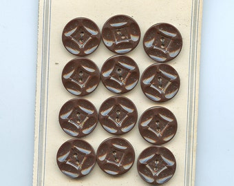Set of (12) Matching Carved Art Deco BROWN Plastic Dress Buttons on Original Card 7/8 inch size 1452