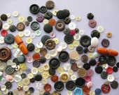 300 Buttons - Assorted Shapes, Colours, Sizes - Mix of New & Old - Destash