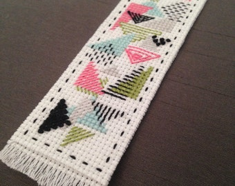 geometric triagle modern cross stitch pattern bookmark ++ retro mosaic ++ pdf INsTAnT DOwNLoAD ++ diy hipster ++ handmade design
