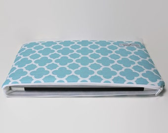 "CLEARANCE SALE Womens MacBook Air Case 11 inch Laptop Sleeve, MacBook Air 11"" Cover - Aqua Quatrefoil"