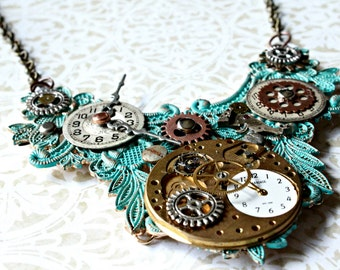 Vedrigras Industrial Steampunk Time Clock Pendant Necklace with 16 Inch Brass Chain