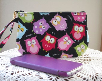 Clutch Wristlet Zipper Gadget Pouch Purse in  Sleepy Owls Made in USA