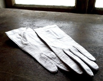 Palest Blue Leather Gloves Size 6-1/2 Made in France