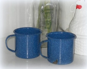 Vintage Blue and White Speckled Enamelware Camping Coffee Cups, Country Kitchen Decor