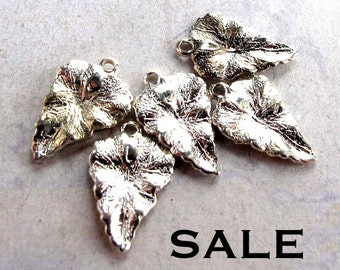 Vintage Silver Plated Leaf Charms (8X) (V368)