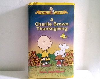 A Charlie Brown Thanksgiving VHS Tape 1973 Peanuts / Snoopy