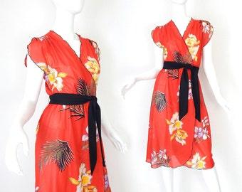 Sz XS 70s Sheer Red Floral Faux Wrap Dress - Vintage Women's Tropical Print Flutter Sleeve Disco Era Dress