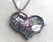 Victorian Romance Heart Art Pendant