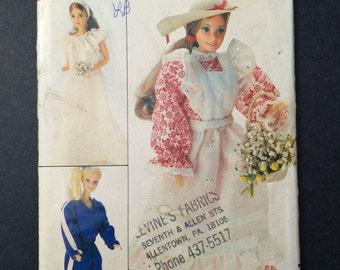 Barbie Doll Clothes Pattern - Vintage Butterick 4687 / 257 Sew a Barbie Wardrobe