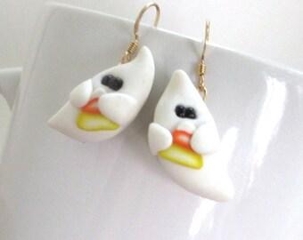 Halloween Ghost Earrings, Halloween Earrings, Cute Ghost Dangles, Cute Halloween Ghosts, Halloween Jewelry, Autumn Jewelry, Ghost Jewelry