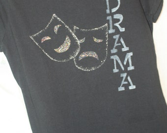 Drama fitted Tshirt, junior size Large, black