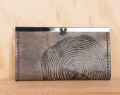 Leather Wallet - Womens Checkbook Clutch Wallet in the Big Woody Pattern - Wood Round in Anitque Black