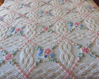 Cabin Craft Chenille Bedspread Beautiful Vintage Full Size Eyecandy Needletuff Cotton sewbuzyb