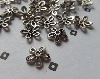 Antique Silver flower bead caps (25)