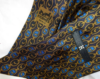 Hermes Silk Necktie  - Chain Link Print Black Royal Blue and Gold Ocher - Authentic Pre- Owned  Vintage 1970  - Lord & Taylor Made in France