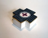 porcelain square cross box with scrafitto, underglaze pattern and gold luster