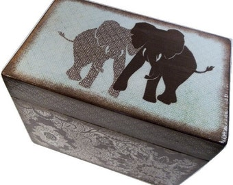 Recipe Box, Wood Recipe Box, Decoupaged Box, Elephant, Wedding Box, Bridal Shower Box, Personalized, Holds 5x7 Cards, MADE TO ORDER