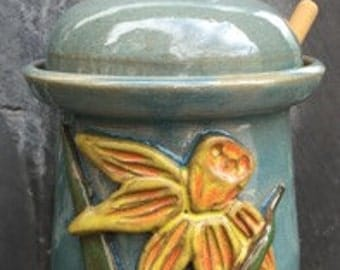 Daffodil Honey Pot