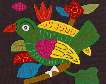 Outstanding Mola Bird - Kuna Indian Applique Mola/Molita Textile Art