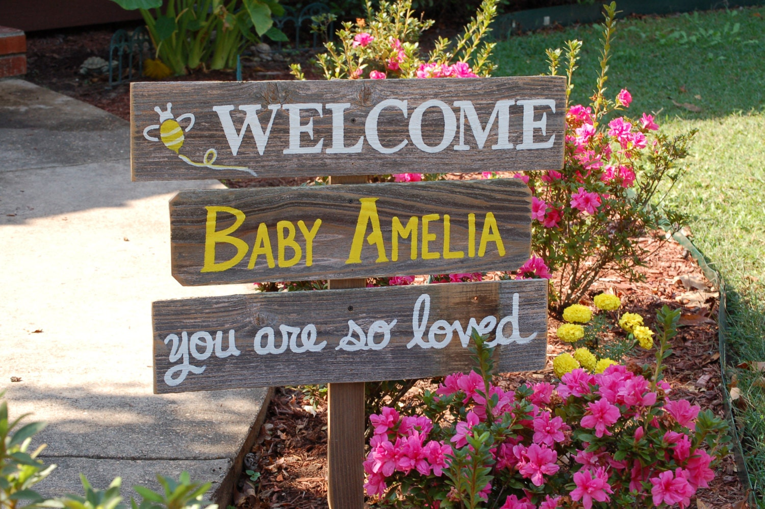 Welcome home baby lawn sign shower sign by trueconnection for Welcome home baby shower decorations