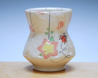 Hellebore blossom Yunomi w. Ladybug in Ivory w. Yellow, pink, and green dots, Colorized detail, Handmade porcelain cup