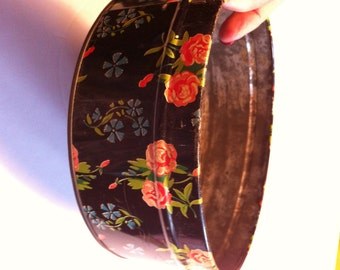 vintage Floral  tin great for sewing crafts teas herbs 7 inches in diameter x 3""