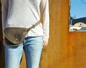 Belt Bag in Earthy Brown Waxed Cotton : Fanny Pack, Hip Bag, Duck Canvas Bag, Festival Bag, Rustic, Hands Free Bag, Waxed Canvas, Boho