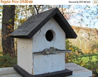 Primitive Birdhouse White Black Chickadee Wren Cute Songbirds  Cleat
