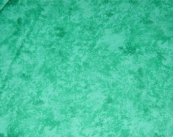 2 1/4 Yards Green Sponge Print Quilting Cotton 12421