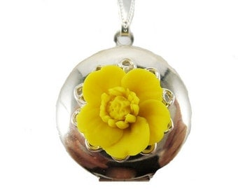 Yellow Buttercup Locket Necklace - Buttercup Jewelry, Yellow Buttercup