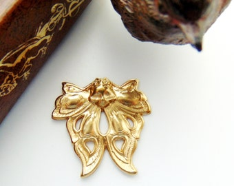 BRASS * (2 Pieces) Death's Head Moth Stamping ~ Jewelry Finding ~ Brass Stamping (FA-6046)