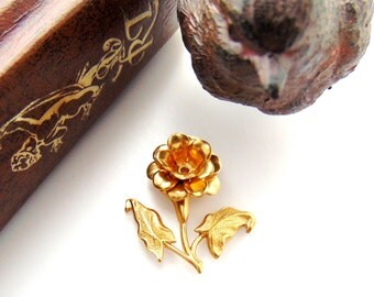 BRASS * 3D Floral Spray Setting Riveted Flower Stamping ~ Jewelry Findings ~ Brass Stamping (FA-6101)