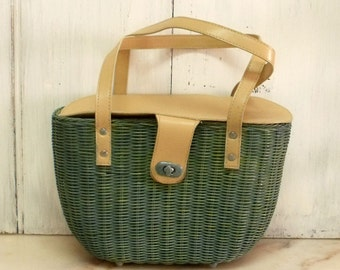 Retro verdigris basket straw bag