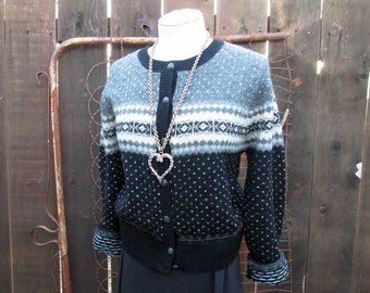 Nordic sweater Gray Wool Cardigan Vintage wool Sweater Snowflake sweater Black fleck knit Scandia Sweater M