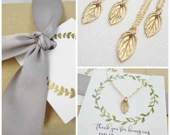 Bridesmaid necklace set of 4 four tiny gold leaf necklaces flower girl bridesmaid jewelry set Thank you for being my bridesmaid message card