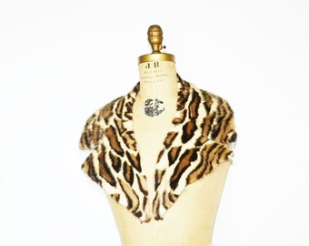 Faux Leopard  Real Mink Collar
