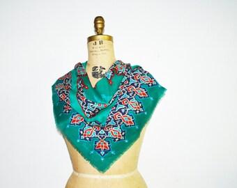 Vera scarf -Vera  wool scarf- fringed  Vera Neumann scarf- arabesque scarf -Vintage Vera scarf