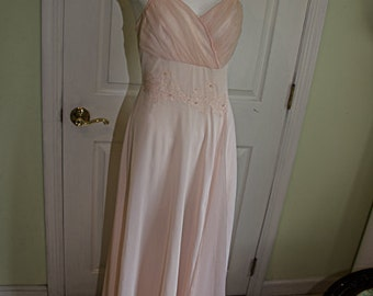 Vintage 1950's Light Pink Nightgown Pegnoir with Robe