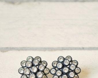 30% OFF 1950s Black Rhinestone Earrings --- Vintage Jewelry