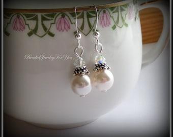 Bridesmaid Earrings: Bridal Party Jewelry, Wedding Jewelry, Bridesmaids Earrings, Wedding Earrings, Pearl Bridal earrings, Bridesmaid Gift