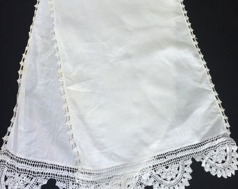 Vintage White Table Runner with Hand Crochet Trim