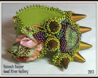 NEWLY UPDATED! Bead Pattern Wired Ribbon Dragon's Hoard Cuff Bracelet tutorial instructions - peyote stitch and embroidery beading