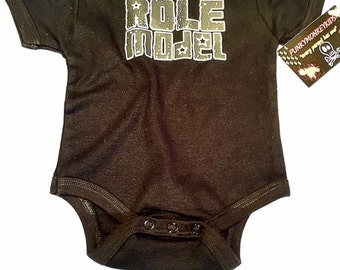 nwt black bodysuit or toddler tee wording role model