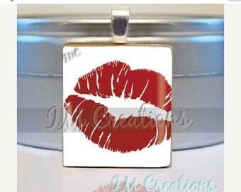 60% OFF CLEARANCE Scrabble tile pendant - Kiss Me (SYM222)