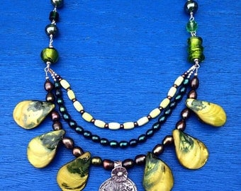 Green Day of the Dead Dia de los Muertos Skull Calavera  Bib Statement Necklace