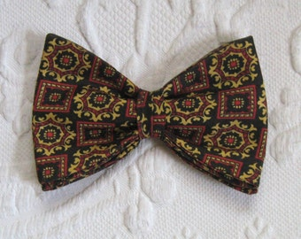 fat bow tie . Funky 70s Bow tie . Cotton Bow tie . 70s bow tie