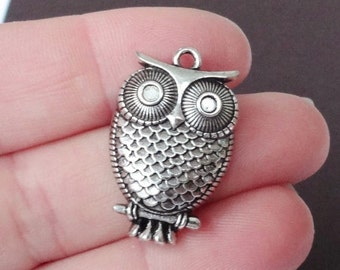8 Owl Charms 17.5x27.5x5.5mm ITEM:AB5
