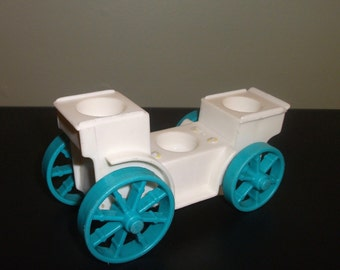 Vintage Fisher Price Little People Stage Coach Royal Carriage #993 Castle