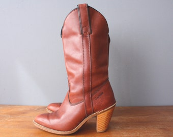 vintage 80s capezio boots 5.5 / western boots / cowgirl boots / burgundy stacked heel boots